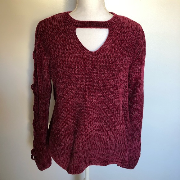 NO BOUNDARIES JUNIORS LACE UP SWEATER BURGUNDY CHECK FOR SIZE